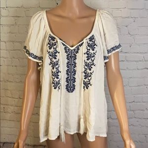 Mossimo cream peasant top with blue embroi…